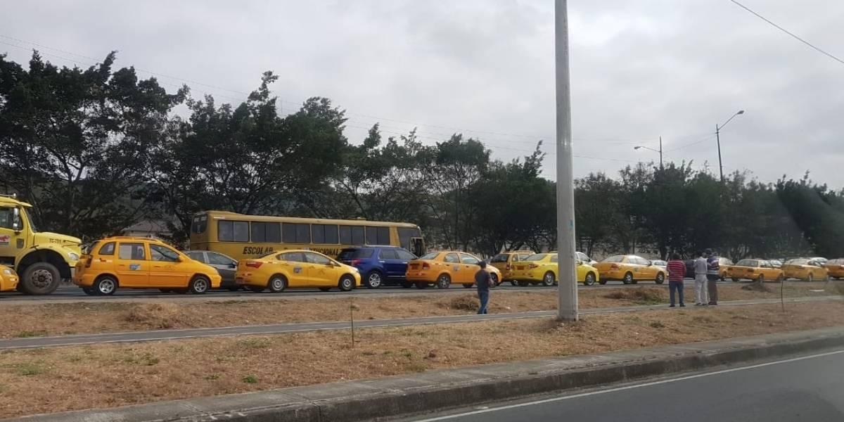 Guayaquil: Paro de taxistas en contra de las reformas a la Ley de Tránsito