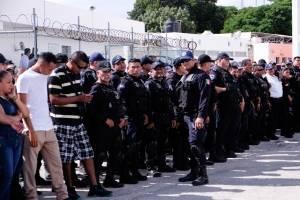 Protesta policiaca en Cancún
