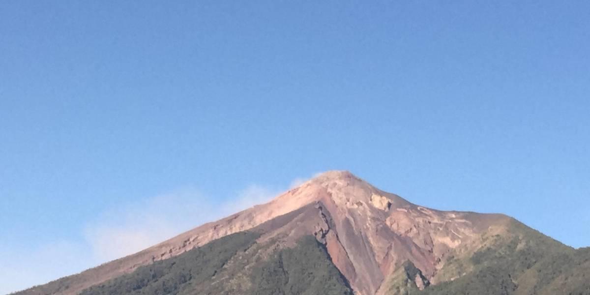 Volcán de Fuego disminuye fase eruptiva