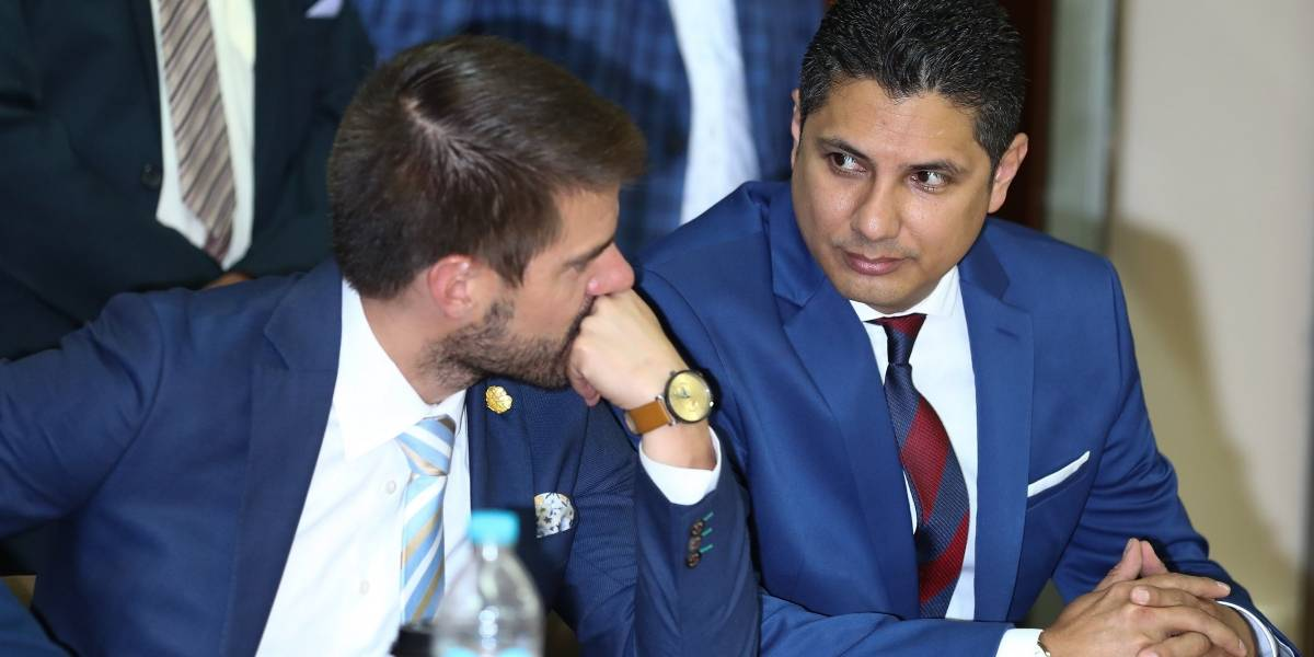 Expresidente de Ecuador investigado por intento de secuestro pidió asilo en Bélgica