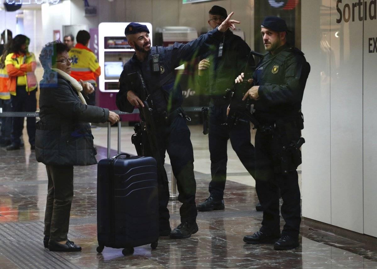 Movilización en España por alerta de bomba Foto: AP