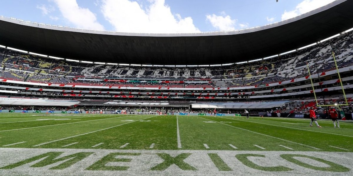 Terribles condiciones de la cancha del Estadio Azteca