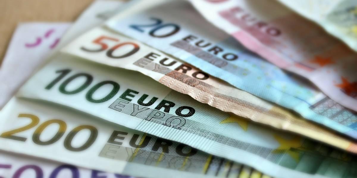 Confira a cotação do dólar e do euro nesta terça-feira, 20 de novembro