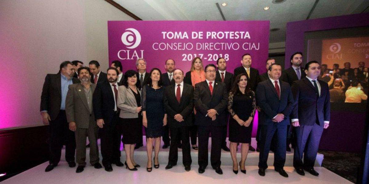 """La cúpula tapatía a la espera de """"humo blanco"""" en el CCIJ"""
