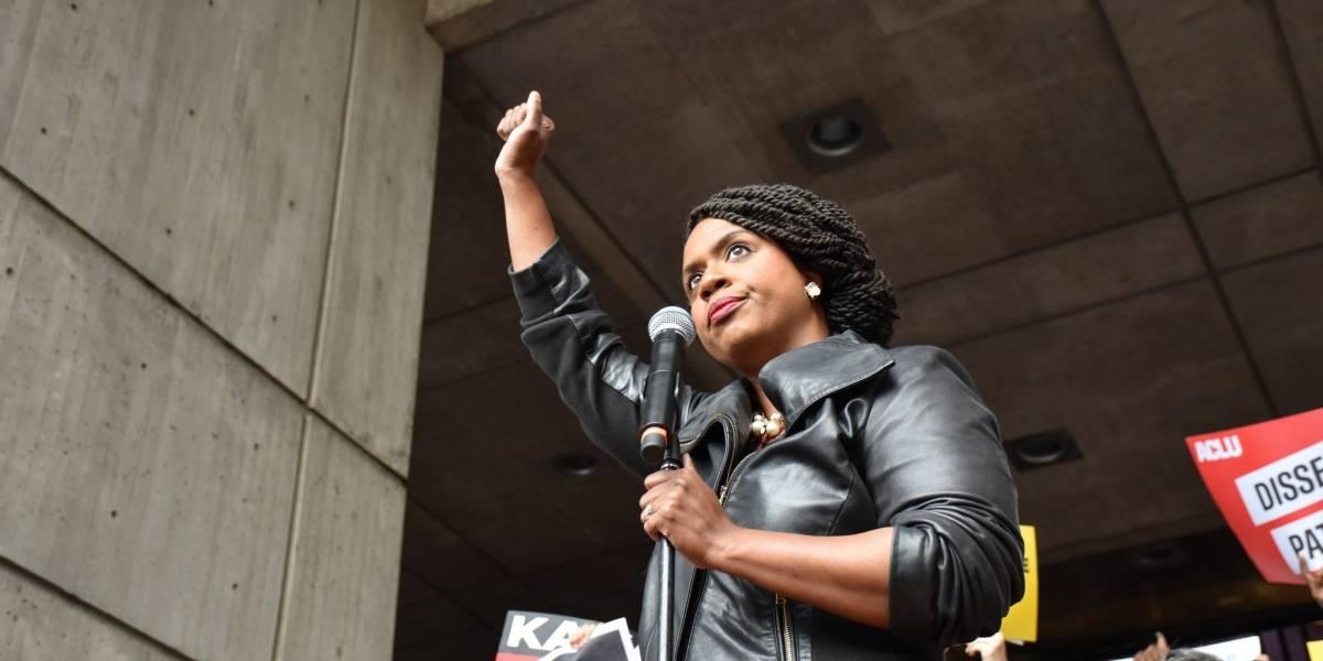 Mujeres reclaman su espacio en elecciones de medio término en EE.UU