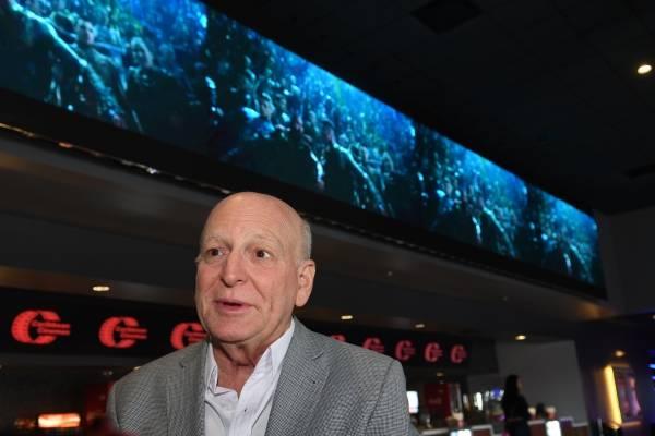 Abre moderno cine en Plaza Carolina