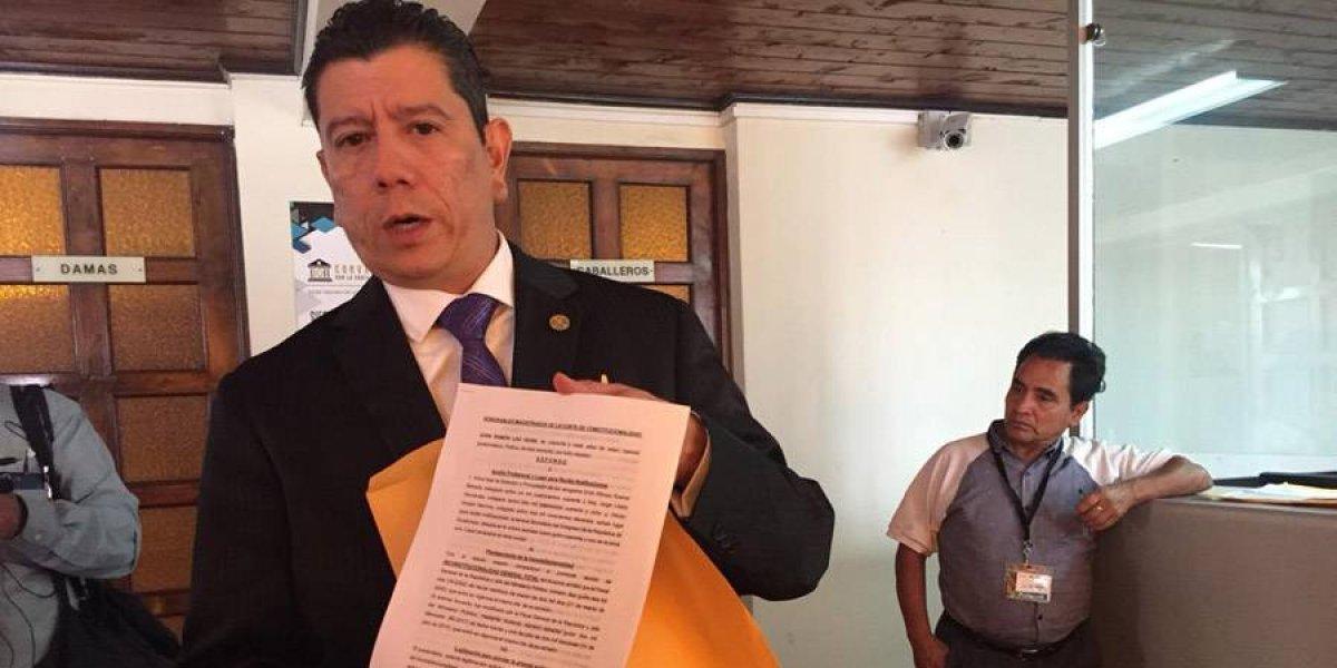 Diputado presenta acción contra acuerdo que brinda seguridad a Thelma Aldana