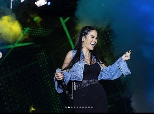 La cantante en su concierto en Santo Domingo Ecuador