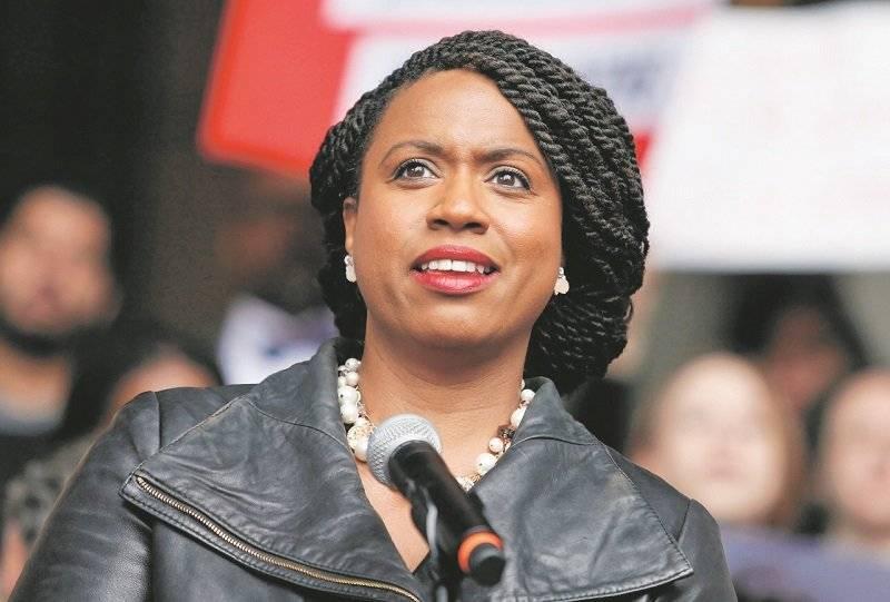 Massachusetts eligió a su primera congresista afroestadounidense