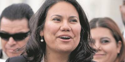 Las primeras latinas que representarán a Texas en el Congreso de Estados Unidos, Verónica Escobar y Sylvia Garcia.