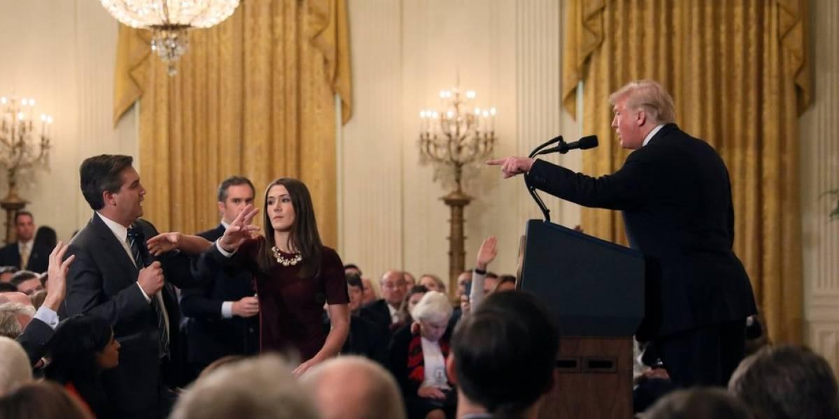 Donald Trump vs. Jim Acosta: la Casa blanca le retira la credencial a un periodista CNN que mantuvo una tensa discusión con el mandatario durante una rueda de prensa