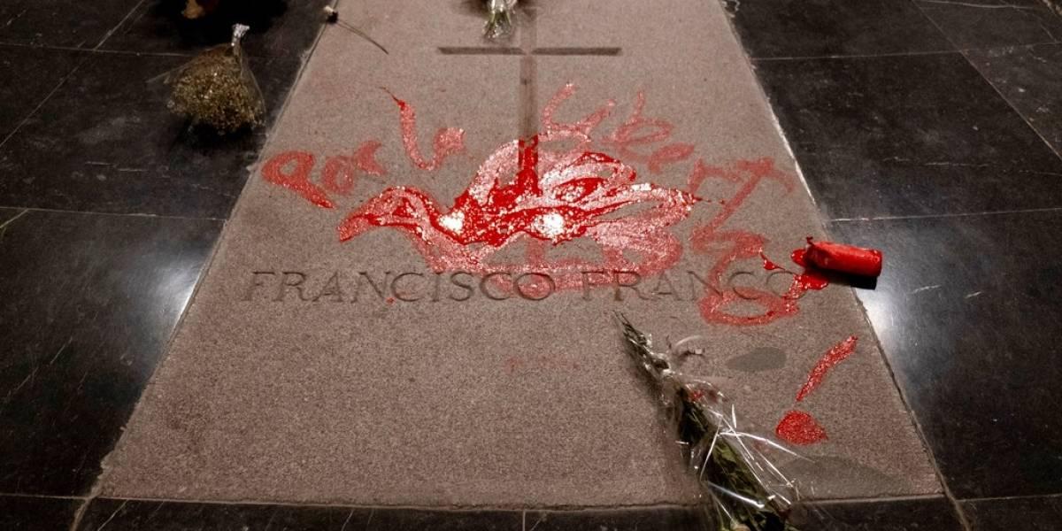 El peligro de exhumar a un ex dictador: un francotirador planeaba asesinar al presidente del gobierno español