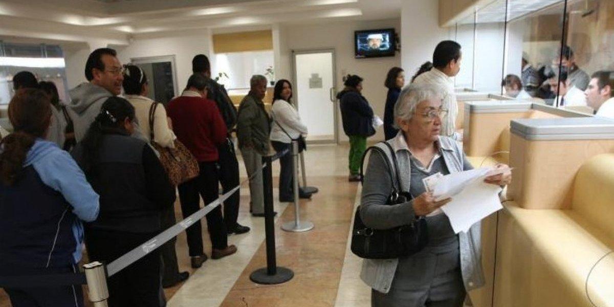 Banqueros aligeran iniciativa sobre cobro de comisiones: Mancera