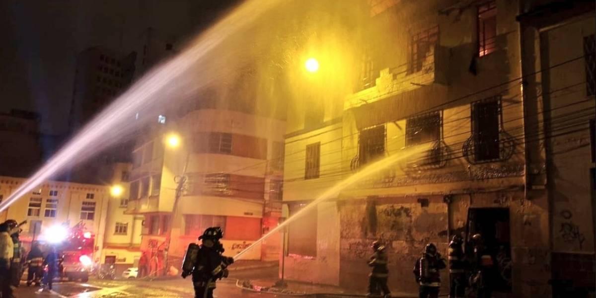 Quito: Incendio en La Alameda afectó a una casa deshabitada