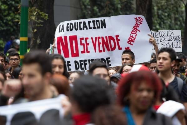 Así avanzan las marchas en Bogotá