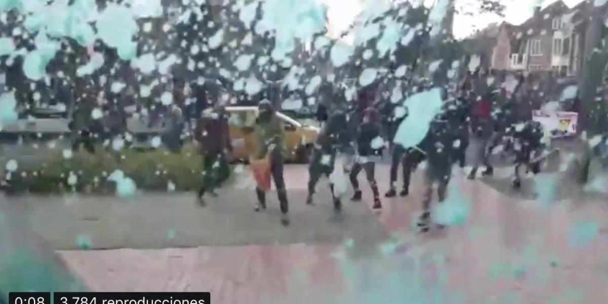 Atacan de nuevo la sede de RCN Radio en medio de la marcha estudiantil