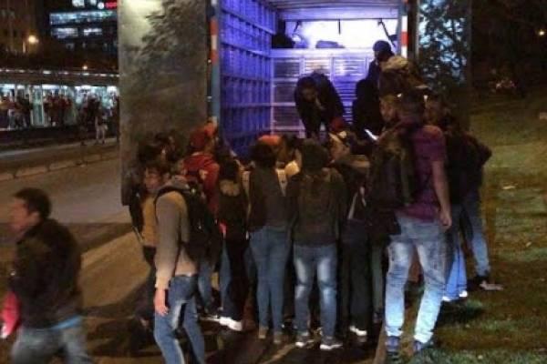 Como ganado, así se fueron los bogotanos a sus casas a falta de TransMilenio.
