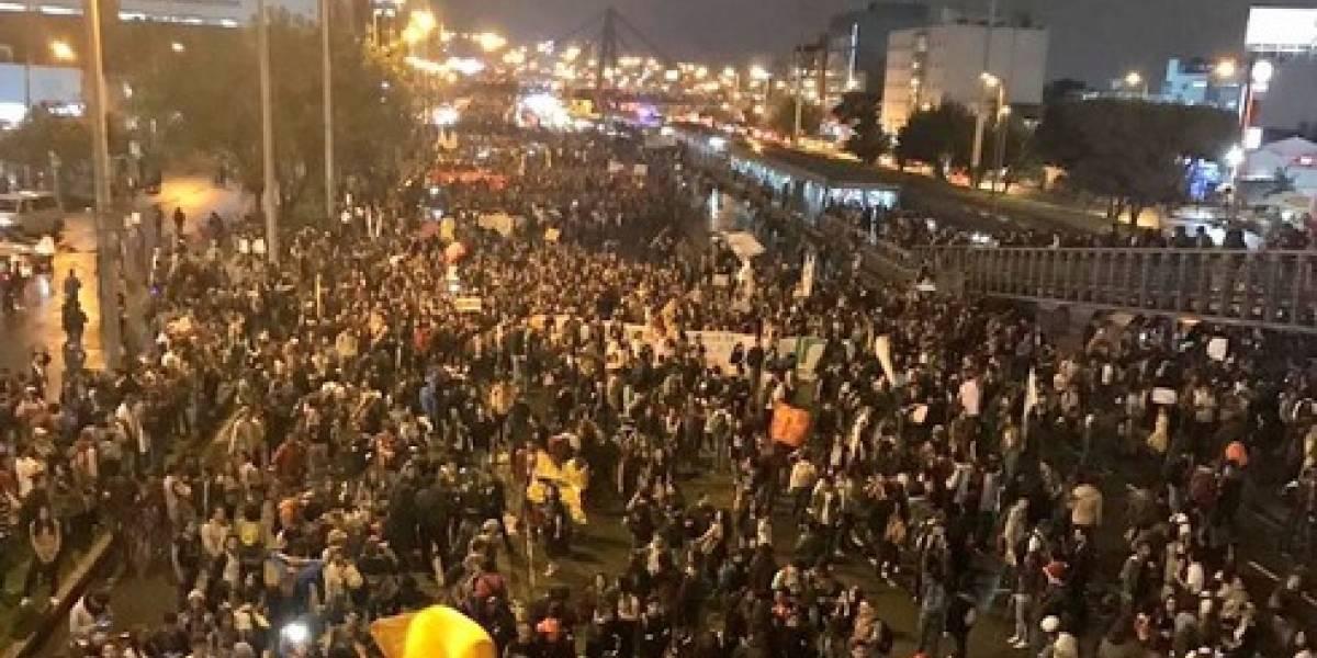 VIDEO: conductor arrolla varios manifestantes en el norte de Bogotá