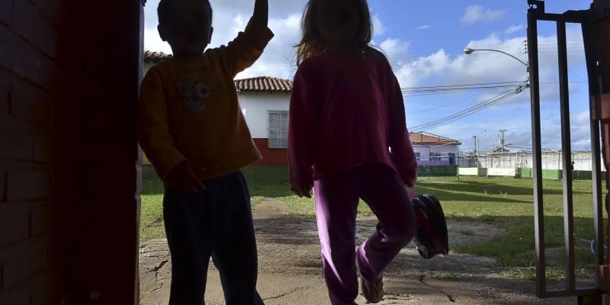 Mãe abandona menina de 4 anos em creche