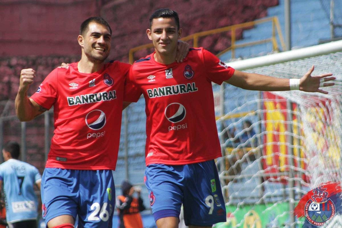 Martínez marcó 10 goles en el torneo