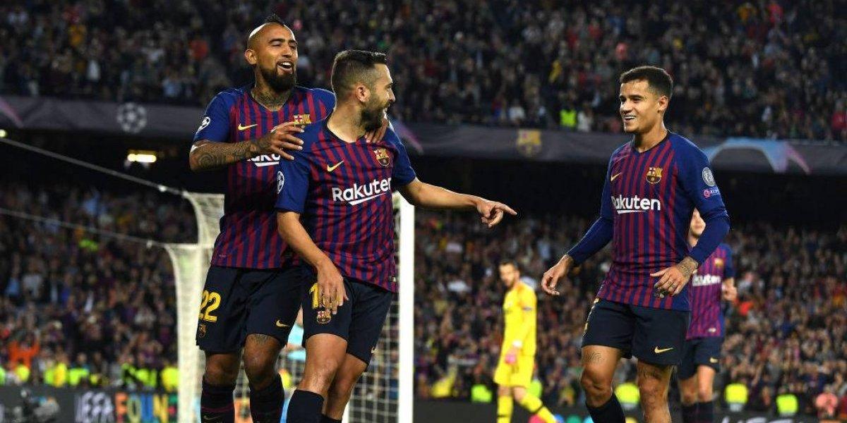 ¿Es el momento de Vidal? Coutinho se lesionó y estará entre dos y tres semanas de baja en Barcelona