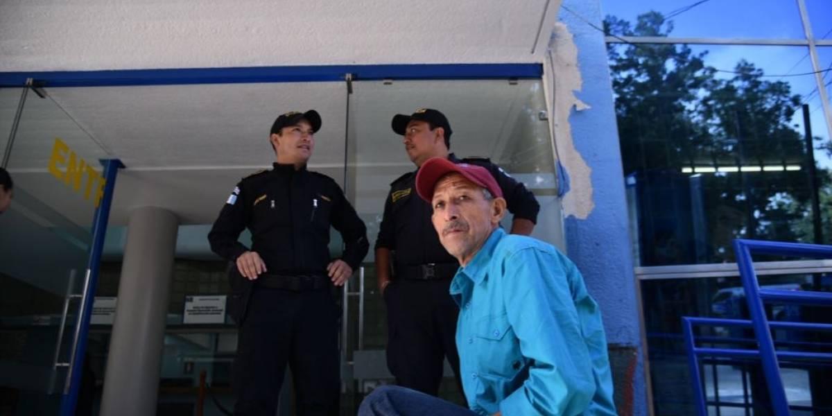 Hospital Roosevelt, con presencia policial y atención irregular este jueves