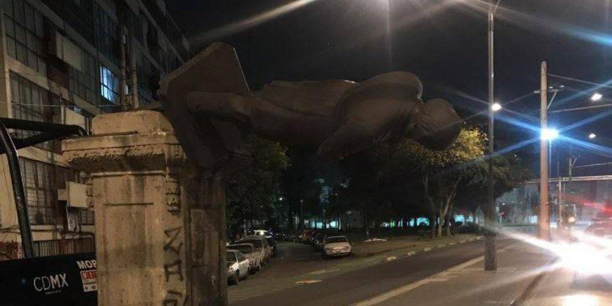 Policías frustran robo de estatua en Paseo de la Reforma