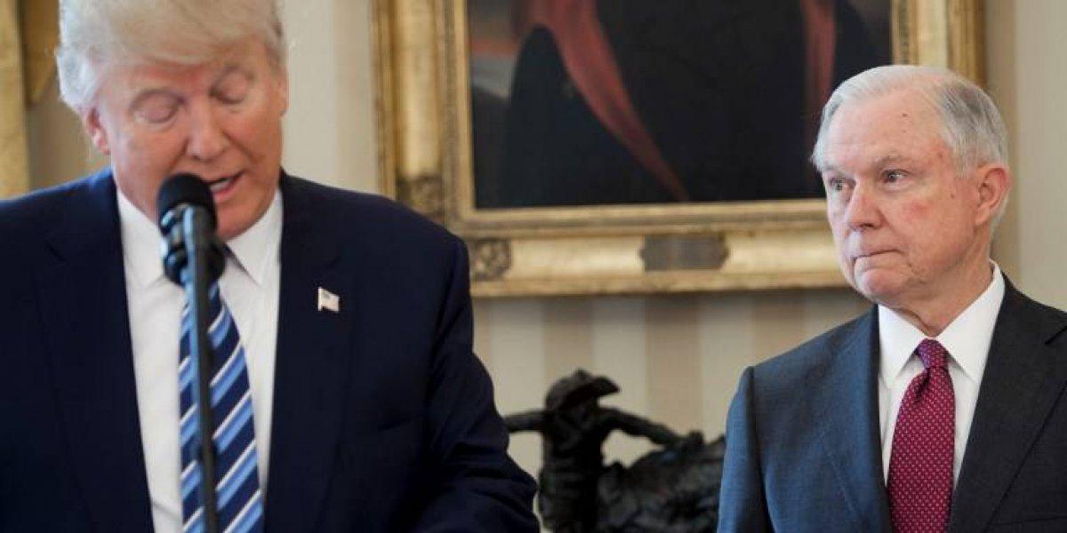 Salida de Sessions pone en riesgo investigación sobre Rusia