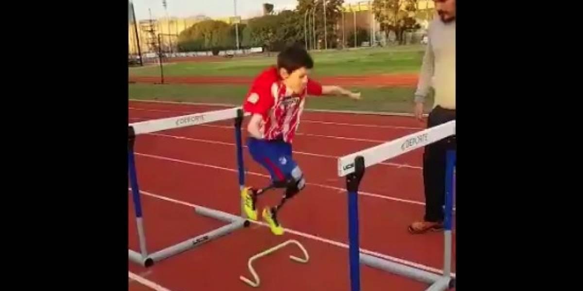 Atlético invitó a Manu, niño argentino sin extremidades, a su juego frente a Athletic