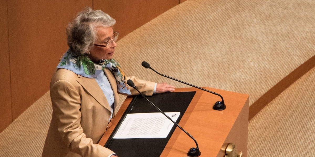Olga Sánchez Cordero presenta iniciativa para legalizar marihuana