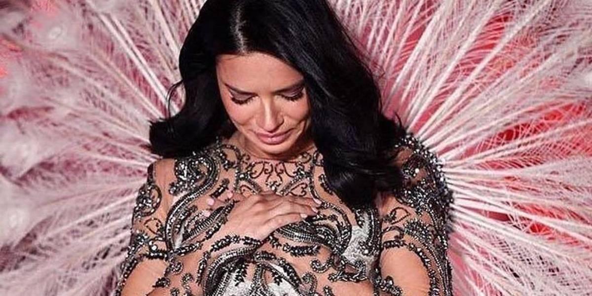 Adriana Lima faz último desfile pela Victoria's Secret