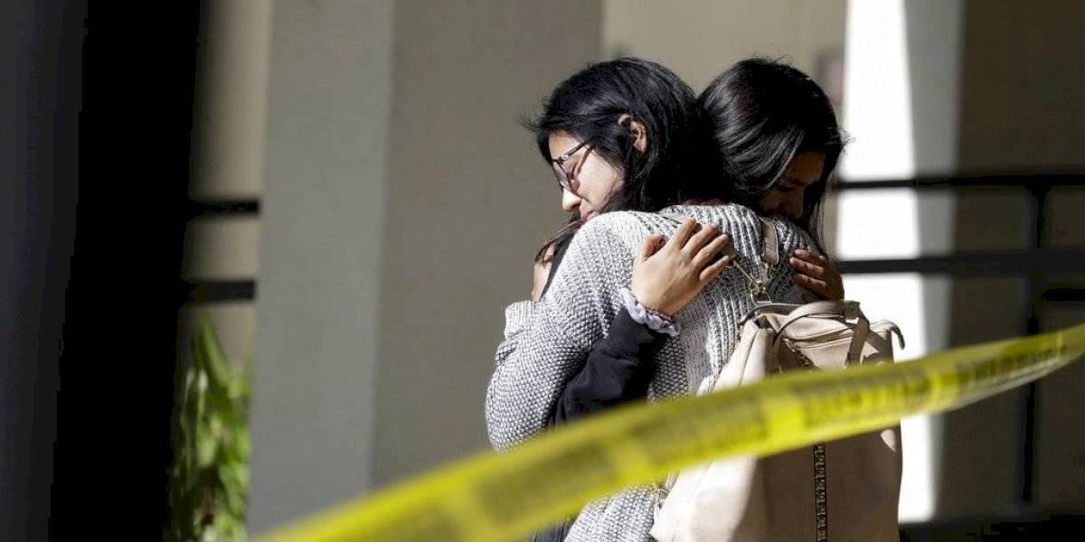 Al menos 4 muertos tras tiroteo en California: desconocidos entraron por el patio trasero de una casa y abrieron fuego en medio de una junta de amigos