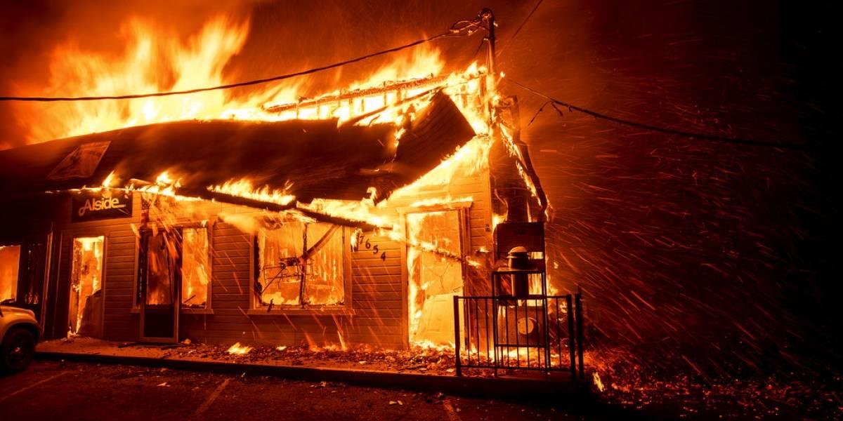 Miles de personas evacuadas: las dantescas postales que ha dejado voraz incendio forestal en California