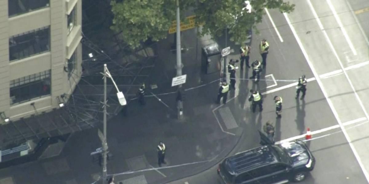"""Atentado en Melbourne: El terrorista gritó """"Alá es Grande"""" mientras acuchillaba a los transeúntes"""