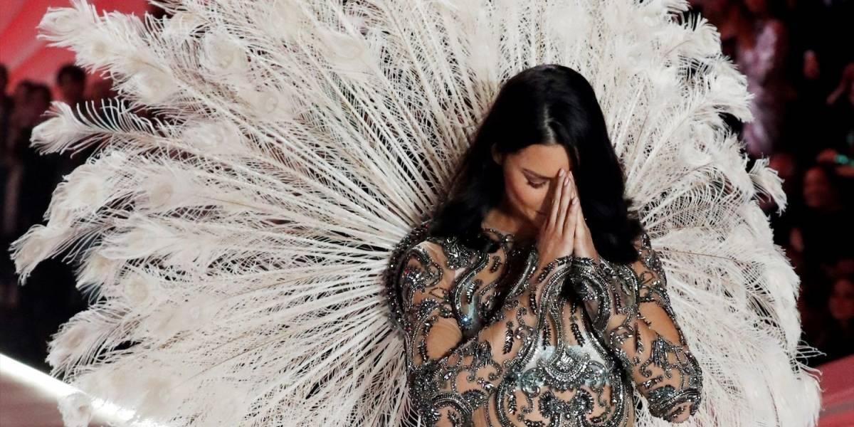 Las emotivas lágrimas de la hermosa Adriana Lima en el desfile de Victoria's Secret