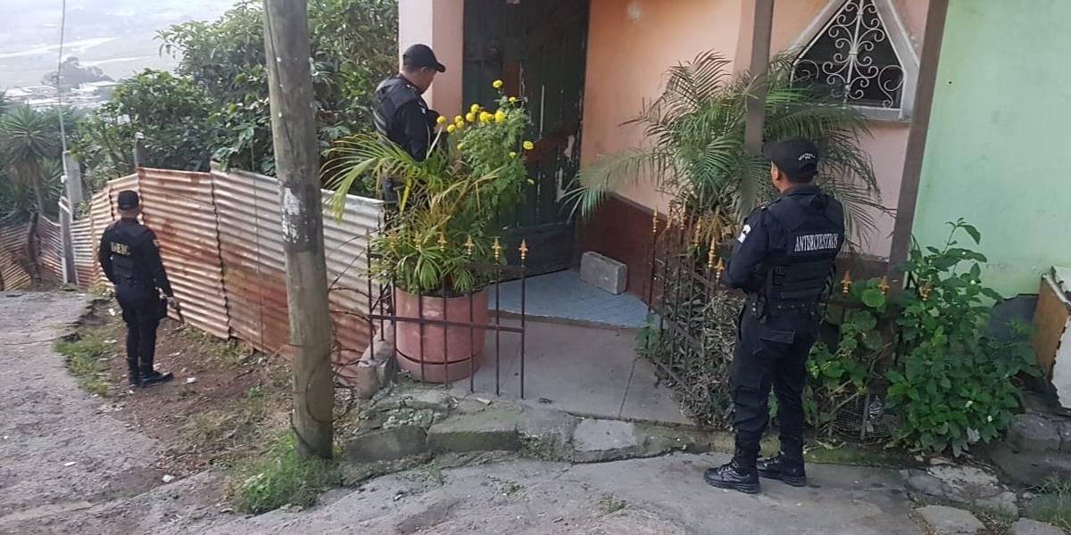 PNC y MP realizan allanamientos para capturar a una estructura de secuestradores