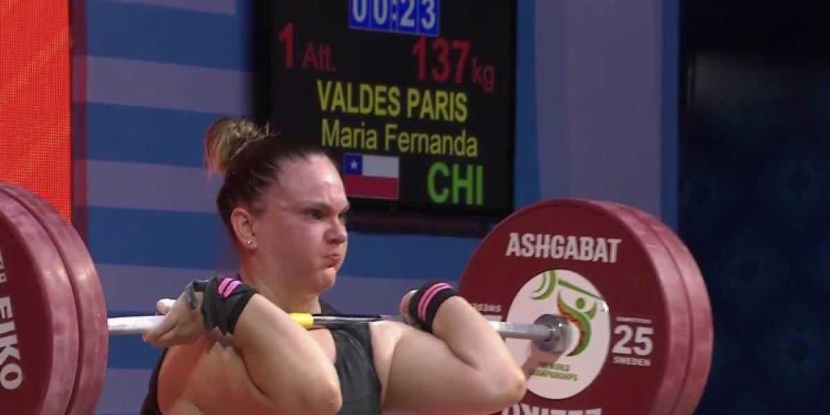 María Fernanda Valdés brilla en Turkmenistán y logra el bronce en el Mundial de halterofilia