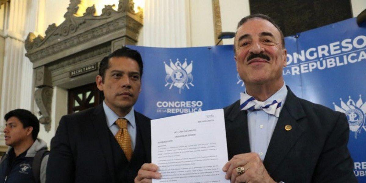 Diputado Linares Beltranena presenta iniciativa para aumentar penas por invasiones