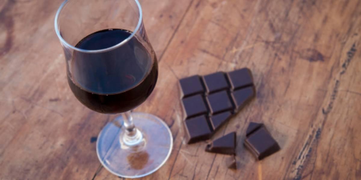 """El mejor estudio: investigadores aseguran que comer chocolate y tomar café o vino """"podría ayudarte a vivir más años"""""""