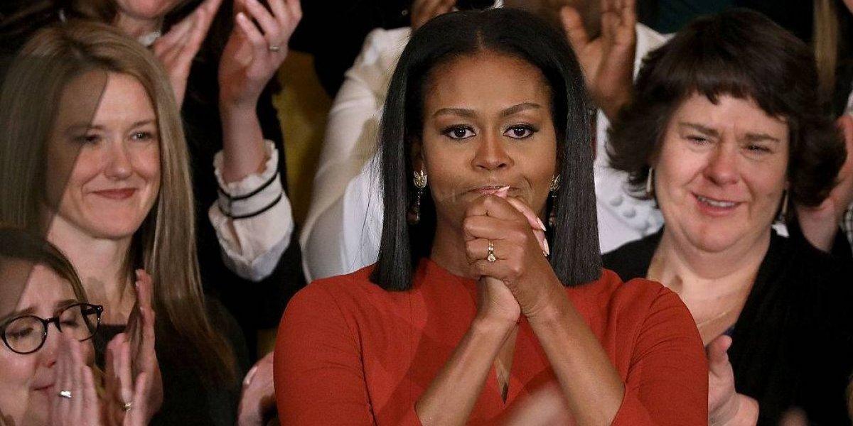 """Michelle Obama prepara """"Becoming"""": el libro que narra suindignación contra Donald Trumpy que revela el momento más trágico de su vida"""