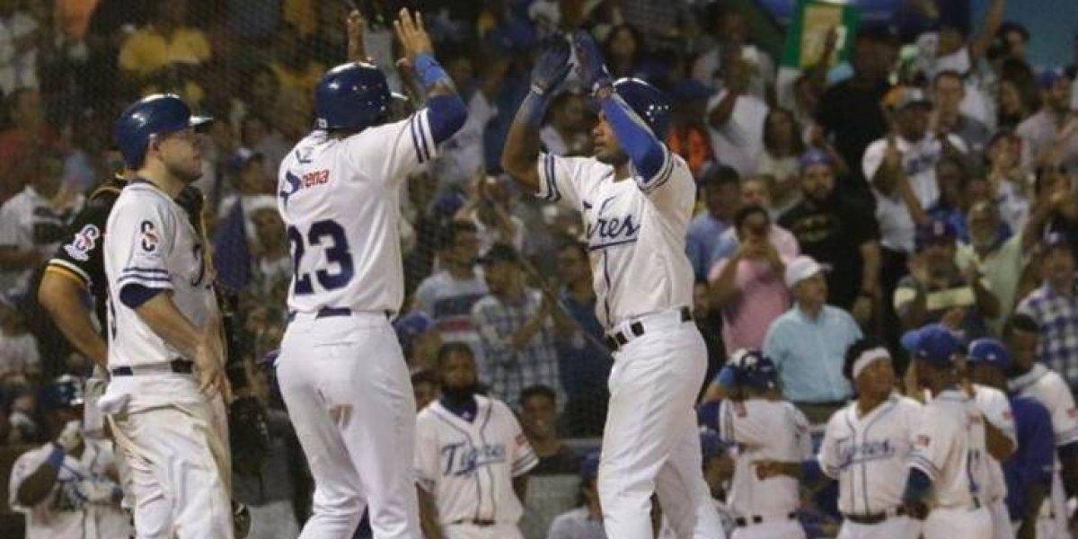 Leones, Toros y Tigres ganan y complican la tabla en béisbol dominicano