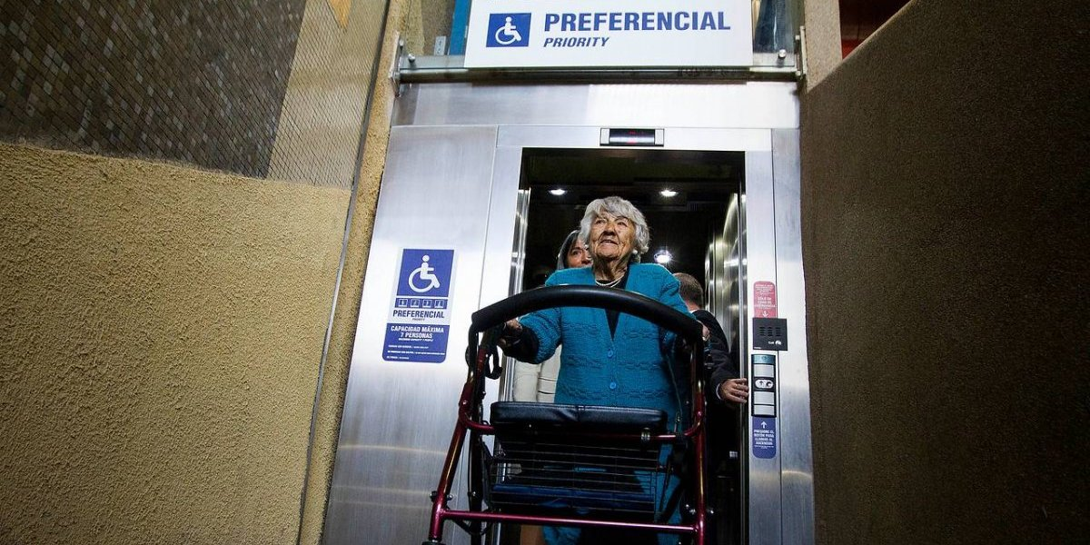 Metro llega a las 100 estaciones con ascensores y alcanza 85% del total de su red