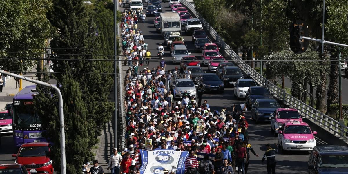 Trump emite proclama que restringe otorgar asilo