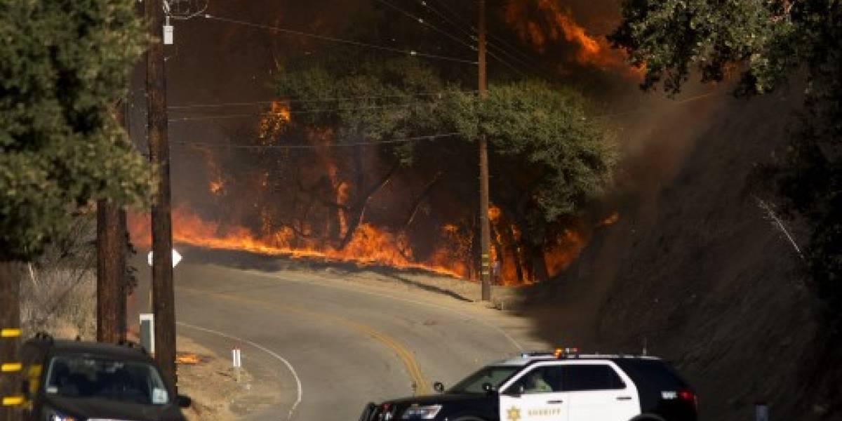 El viento aviva los incendios en California que dejan nueve muertos