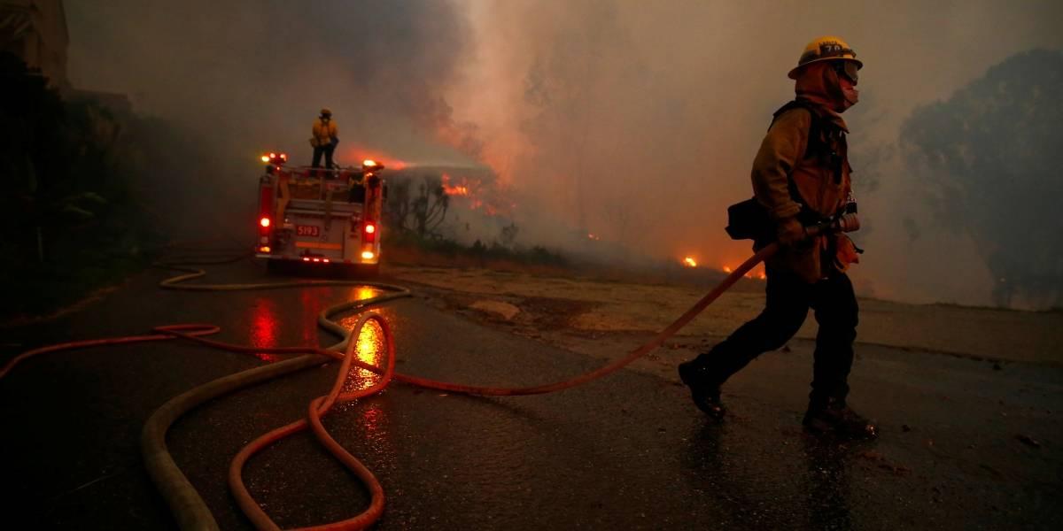 Lady Gaga e Kim Kardashian deixam suas casas na Califórnia após incêndio