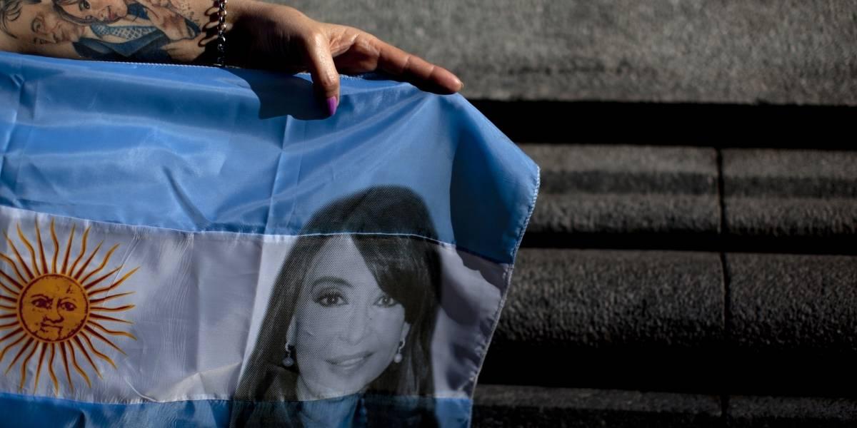 ¿Se salvó? Justicia argentina dicta falta de mérito en caso contra Cristina Fernández