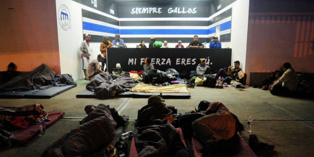 700 migrantes centroamericanos pasan la noche en Querétaro