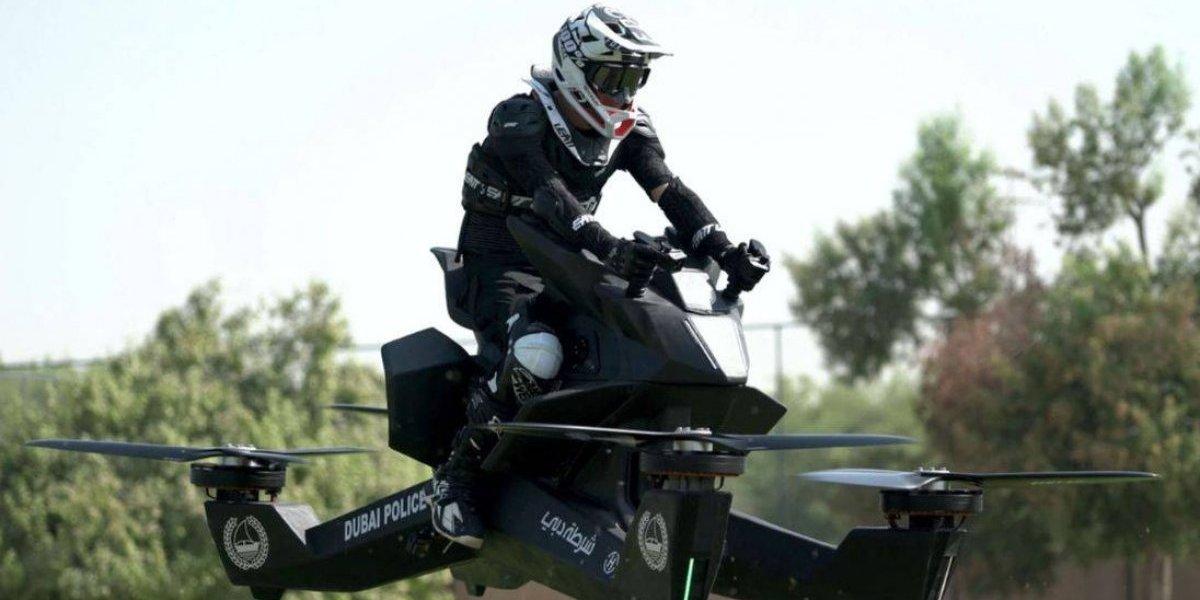 Policía de Dubai comienza entrenamientos con vehículo volador