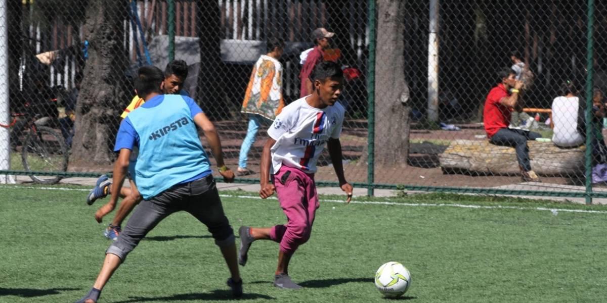 El desgaste y la fuerza de los niños migrantes que buscan una segunda oportunidad