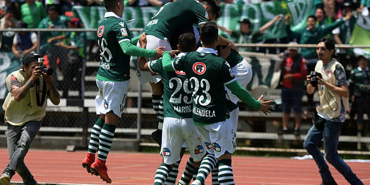 Wanderers se dio un baile ante Valdivia y avanzó a la segunda fase de la liguilla de Primera B